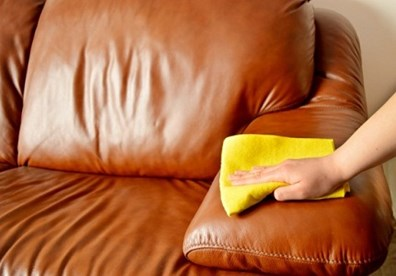 cach-ve-sinh-sofa-da (1)