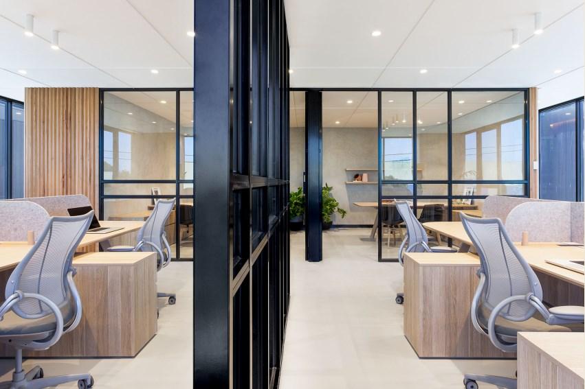 thiết kế quán coffee văn phòng