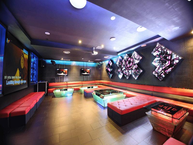thiet-ke-noi-that-quan-karaoke-tai-minh-khai-chi-Huong-7
