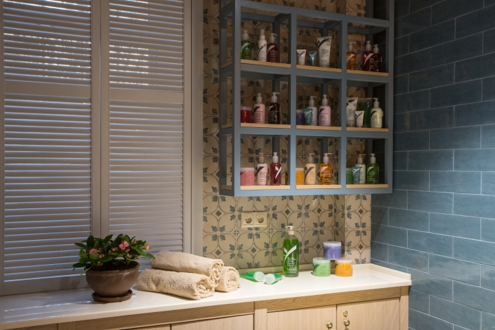 thiet-ke-noi-that-showroom-natural
