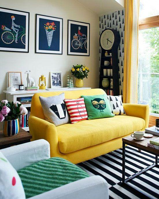 phong-khach-dep-voi-sofa-vang (1)