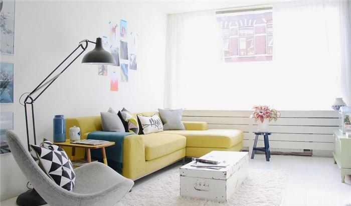 phong-khach-dep-voi-sofa-vang (15)