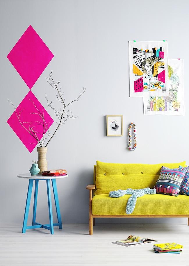 phong-khach-dep-voi-sofa-vang (4)