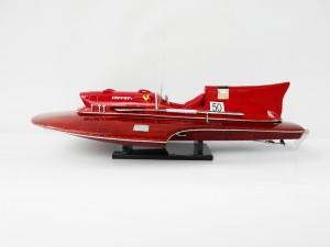 mo-hinh-du-thuyen-ferrari-hydroplane-ghs-682 (1)