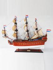 Mô hình tàu chiến cổ FRIESLAND GHS-680