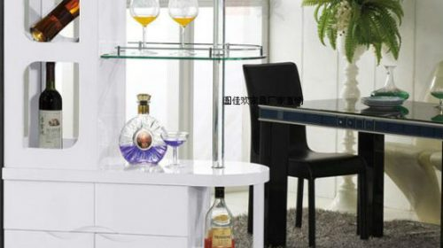 Các mẫu tủ rượu đẹp đang được bày bán tại GOHOME