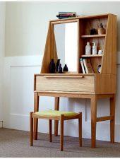 Bàn trang điểm gỗ tự nhiên liền giá sách - GHS-4404