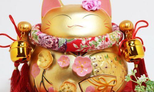 Tìm hiểu về ý nghĩa của vẫy tay mèo may mắn