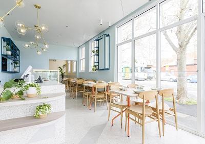 Thiet-ke-quan-cafe-do-an-nhe-cua-chi-Hanh