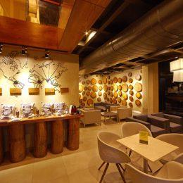 Thi công quán cafe phong cách tối giản của chú Hoạt – Hà Nam