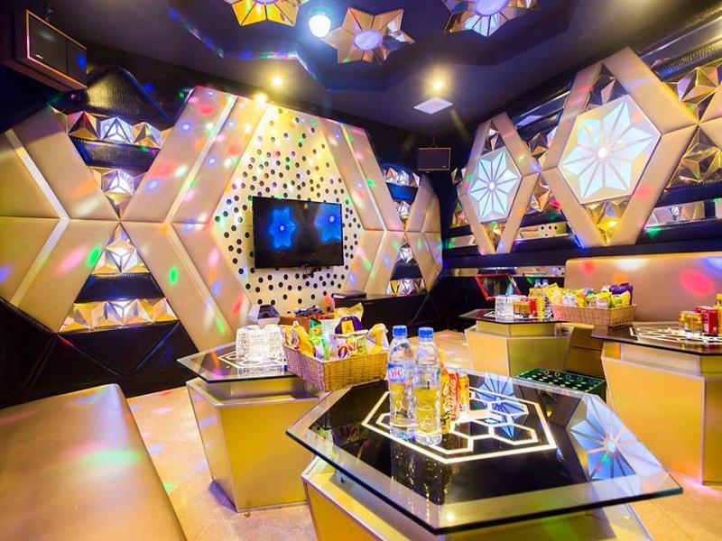 thiet-ke-noi-that-quan-karaoke-tai-tay-ho-anh-Linh-2