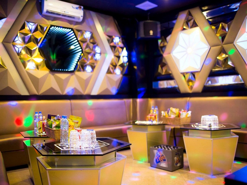 thiet-ke-noi-that-quan-karaoke-tai-tay-ho-anh-Linh-4