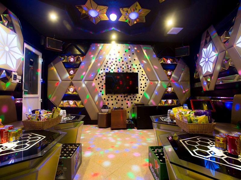 thiet-ke-noi-that-quan-karaoke-tai-tay-ho-anh-Linh-5