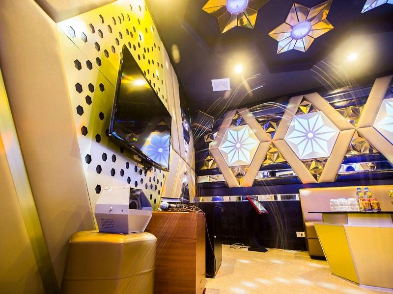 thiet-ke-noi-that-quan-karaoke-tai-tay-ho-anh-Linh-6
