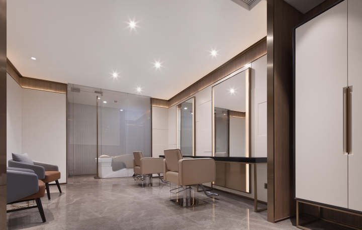 thiet-ke-noi-that-showroom-myway