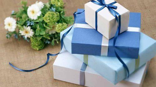 Quên hoa và gấu bông đi, đây mới là những món quà 20/10 các anh nên mua