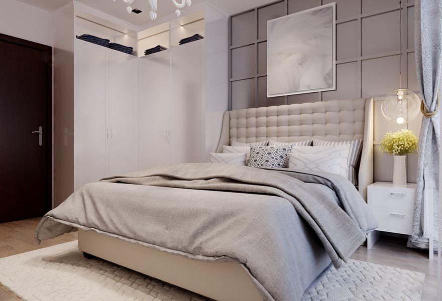 Chiếc giường ngủ lớn thoải mái, gọn gàng, ngăn nắp
