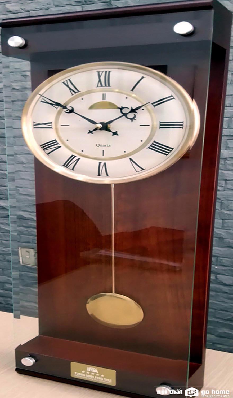 Mẫu đồng hồ quả lắc phong thủy đẹp