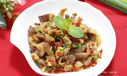 Công thức làm món thịt ba chỉ xóc tỏi ngon giòn tốn cơm