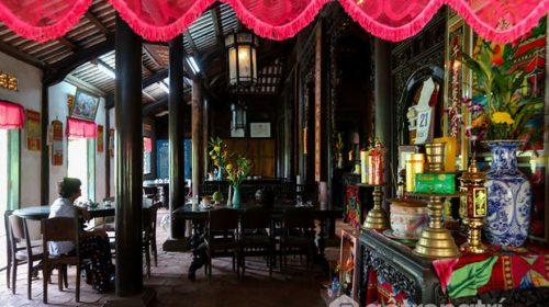 Vẻ đẹp ngôi nhà cổ kiến trúc Huế độc đáo hơn 100 tuổi ở miền Tây