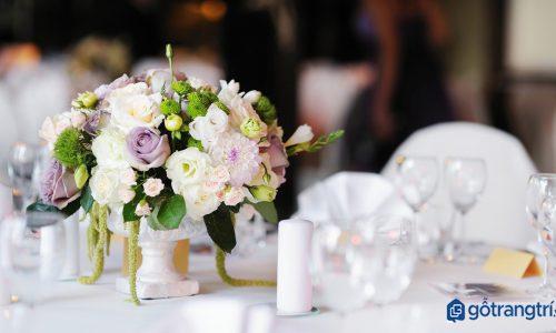Tư vấn: Bí quyết chọn lọ hoa trang trí cho ngôi nhà của bạn
