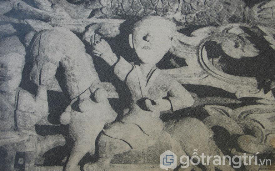 """Chạm gỗ """"Người cỡi ngựa"""", Đình Liên Hiệp, Hà Tây 1663"""