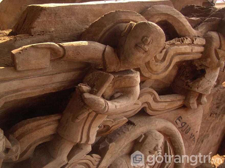 Mảng chạm khắc trên kiến trúc đinh Phùng, Đan Phượng, Hà Nội