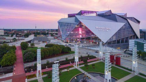 """Ngắm nhìn sân vận động hình dáng cánh hoa """"khép lại"""" ở Atlanta"""