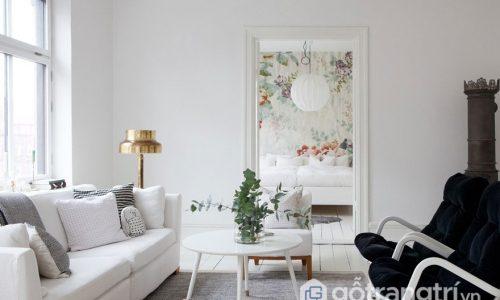 Trang trí nhà màu trắng khiến không gian sống trở nên cá tính