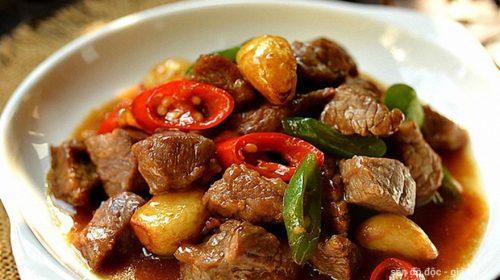 Công thức nấu món bò rim tỏi ớt thơm ngon chuẩn vị nhà hàng