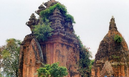 Tìm hiểu đặc điểm kiến trúc đền tháp Champa ở Việt Nam