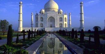 Ngỡ ngàng trước kiến trúc đền Taj Mahal lung linh và tráng lệ