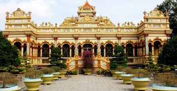 Khám phá nét đẹp kiến trúc chùa cổ miền Tây qua từng lăng kính
