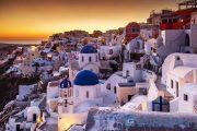 Khung cảnh lãng mạn và kiến trúc đặc trưng của vùng Cycladic