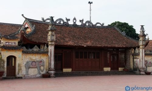 """Hình ảnh """"Lưỡng long chầu nguyệt"""" - Biểu tượng văn hóa Việt Nam"""