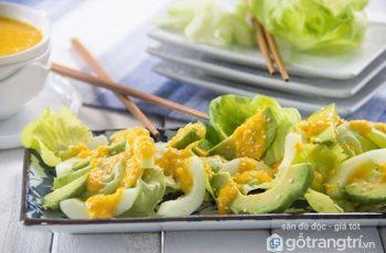 Trổ tài làm món salad bơ dưa chuột thanh mát cho ngày hè oi bức