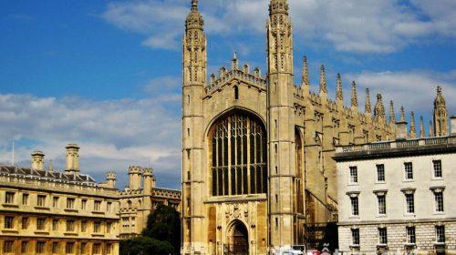 Thu hút với kiến trúc tuyệt đẹp của trường đại học Cambridge