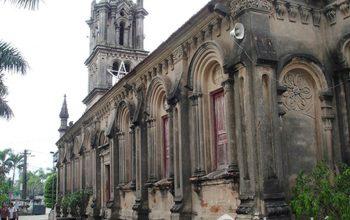 Các nhà thờ ở Hà Nội với kiến trúc đẹp say đắm lòng người