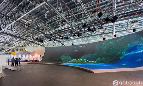 """Khám phá kiến trúc Cung cá heo """"độc nhất vô nhị"""" của Quảng Ninh"""