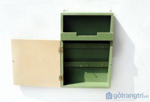 Hop-moc-treo-do-gia-dinh-bang-go-gan-tuong-GHS-6317 (3)