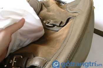 Hướng dẫn cách làm sạch túi da lộn nhanh, hiệu quả chỉ trong tích tắc