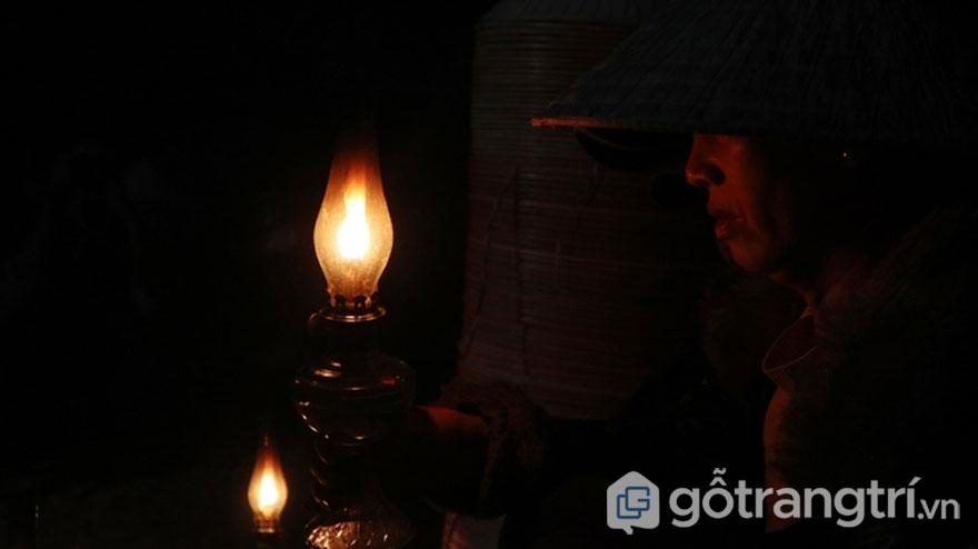 Chợ nón làng An Hành Tây - Ảnh: Bảo Lâm