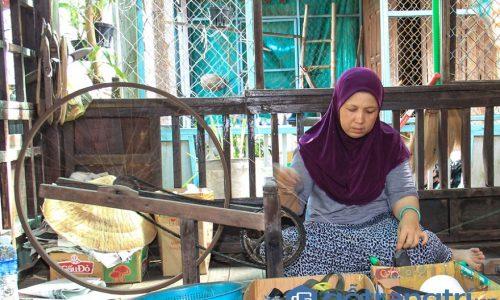 Độc đáo nghề dệt thổ cẩm của người Chăm ở An Giang