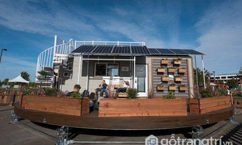 Ngôi nhà ở Mỹ có thể di chuyển theo hướng nắng mặt trời