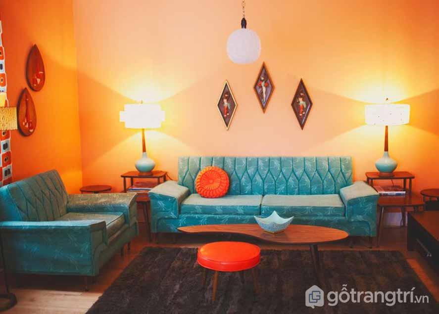 Căn phòng khách này được sử dụng với màu sắc ánh sáng trầm ấm, tạo được nét đẹp tổng thể (Ảnh: Internet)