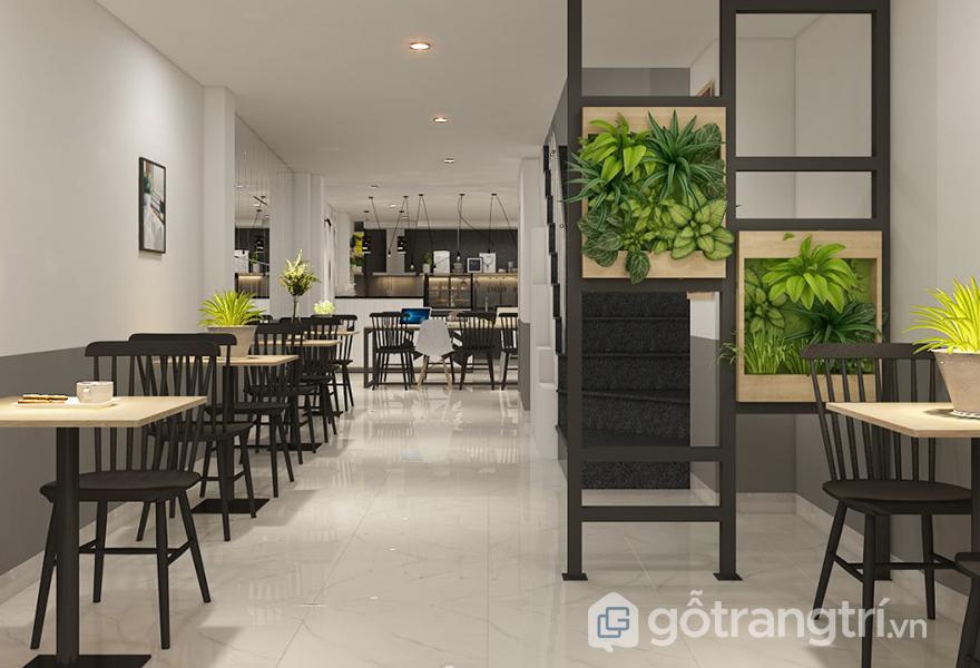 Quán cafe được thiết kế với lối đi rộng rãi, thuận tiện trong việc đi lại