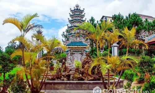 Vẻ đẹp kiến trúc độc đáo chùa Linh Sơn Đà Lạt giữa lòng thành phố
