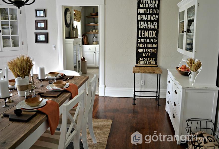 Phòng ăn là sự kết hợp 2 phong cách Vintage và Industrial