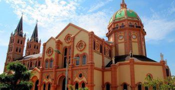 TOP 10 kiến trúc độc đáo của nhà thờ từ Bắc vào trong Nam (P1)