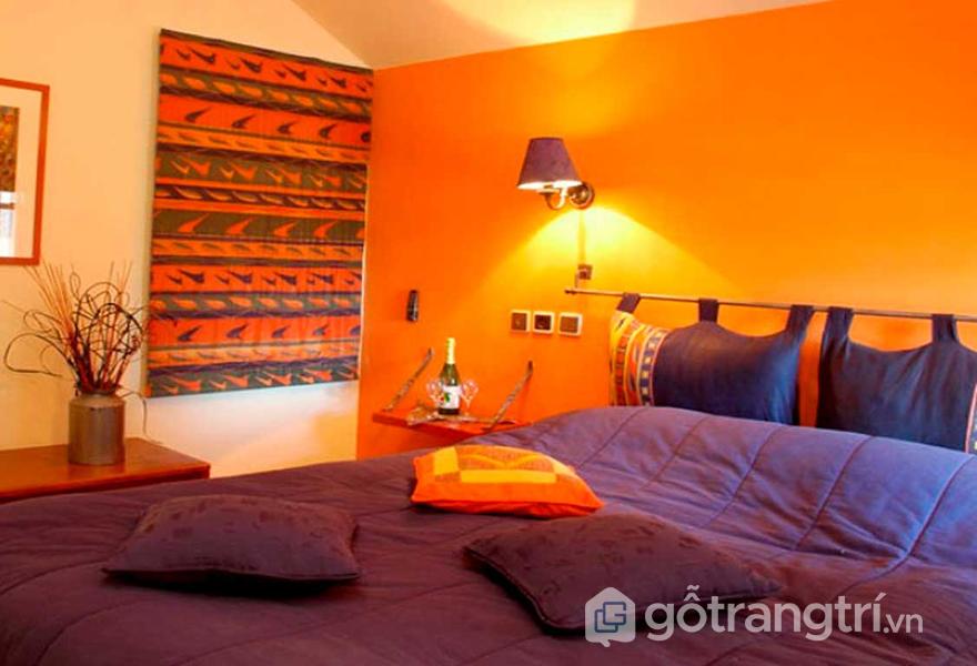 Kết hợp màu cam với màu tím